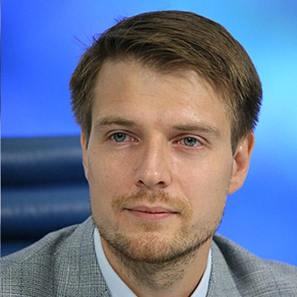 Константин Сергеевич Деревянко, генеральный директор издательства «Русистика»